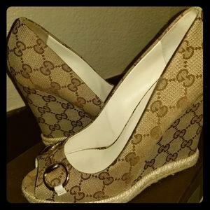 Brand new gucci wedge heels